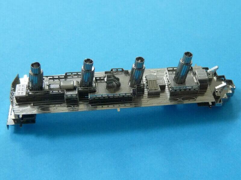 Titanic 3D métal kit au 1/2000 ème T014410