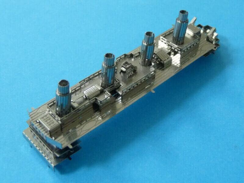Titanic 3D métal kit au 1/2000 ème T014510