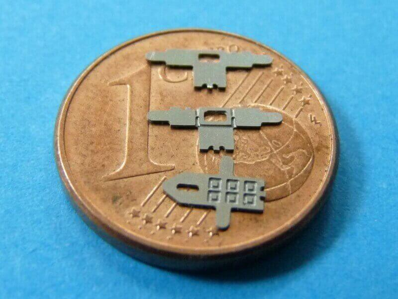 Titanic 3D métal kit au 1/2000 ème T015610