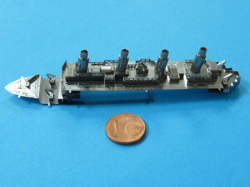 Titanic 3D métal kit au 1/2000 ème T016010