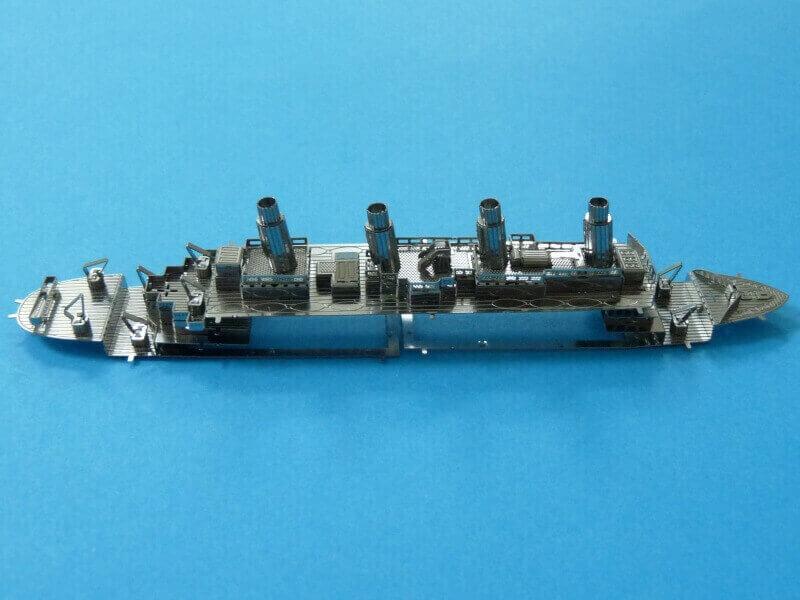 Titanic 3D métal kit au 1/2000 ème T017010