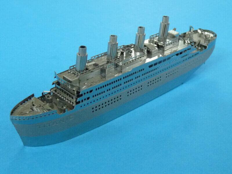 Titanic 3D métal kit au 1/2000 ème T017310