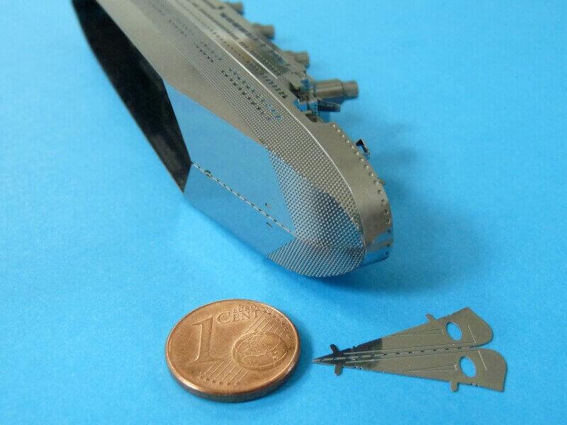 Titanic 3D métal kit au 1/2000 ème - Page 2 T018510