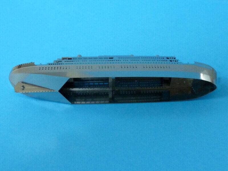 Titanic 3D métal kit au 1/2000 ème - Page 2 T019210