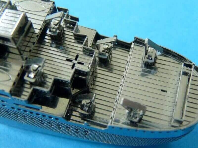 Titanic 3D métal kit au 1/2000 ème - Page 2 T019910