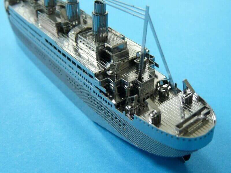 Titanic 3D métal kit au 1/2000 ème - Page 2 T020310