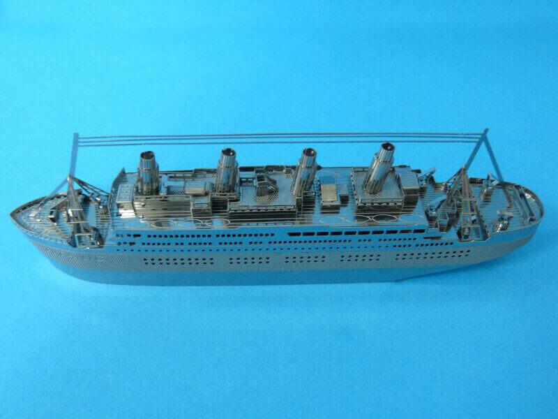 Titanic 3D métal kit au 1/2000 ème - Page 2 T021910