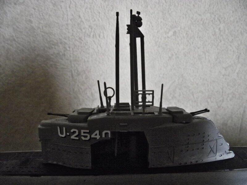 Sous marin Type XXI Revell au 1/144 par denis25 Ty00710