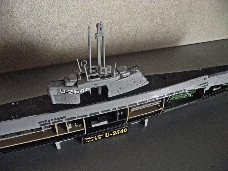 Sous marin Type XXI Revell au 1/144 par denis25 Ty01410