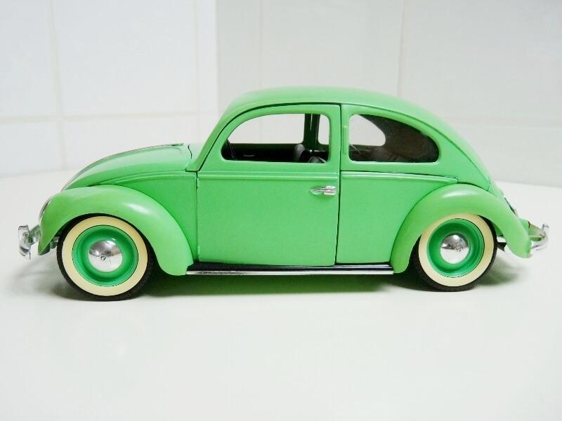 Volkswagen Coccinelle Berline - 1949 - Solido 1/18 ème Volksw11