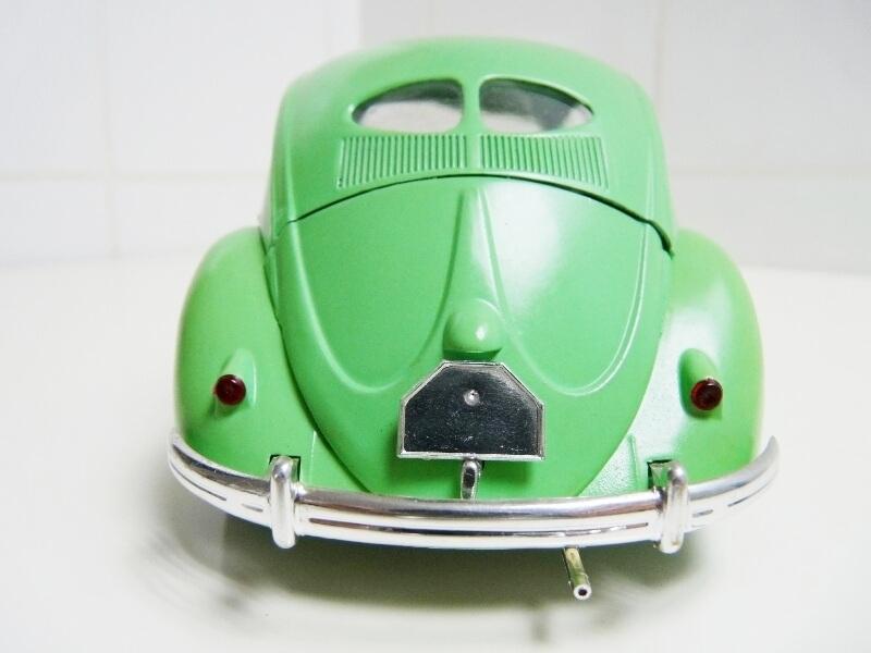 Volkswagen Coccinelle Berline - 1949 - Solido 1/18 ème Volksw12