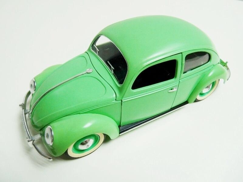 Volkswagen Coccinelle Berline - 1949 - Solido 1/18 ème Volksw17