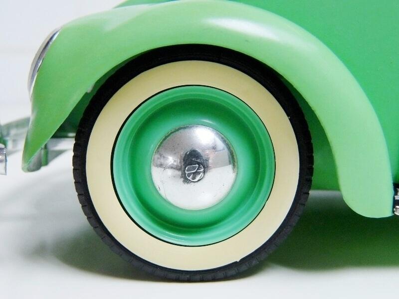 Volkswagen Coccinelle Berline - 1949 - Solido 1/18 ème Volksw19