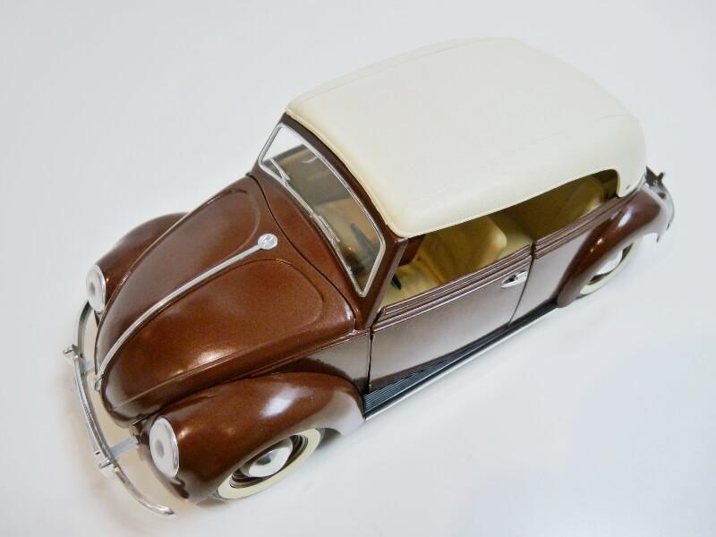 Volkswagen Coccinelle Cabriolet - 1949 - Solido 1/18 ème Volksw29
