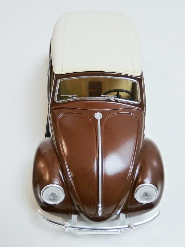 Volkswagen Coccinelle Cabriolet - 1949 - Solido 1/18 ème Volksw33