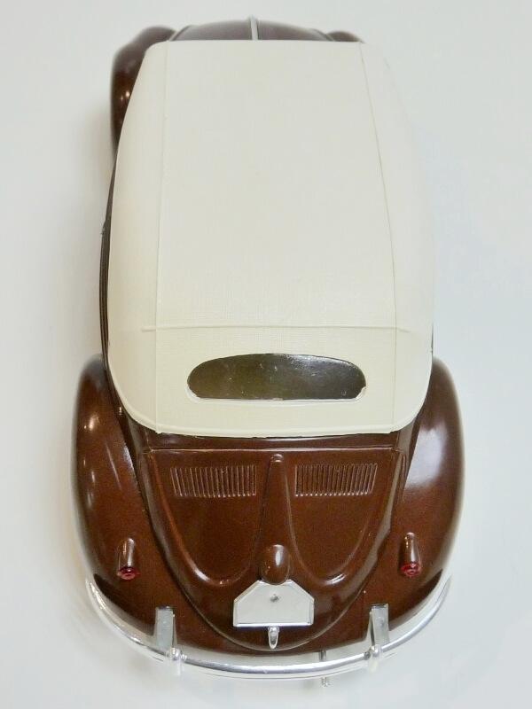 Volkswagen Coccinelle Cabriolet - 1949 - Solido 1/18 ème Volksw34