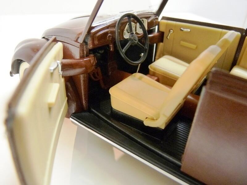 Volkswagen Coccinelle Cabriolet - 1949 - Solido 1/18 ème Volksw39