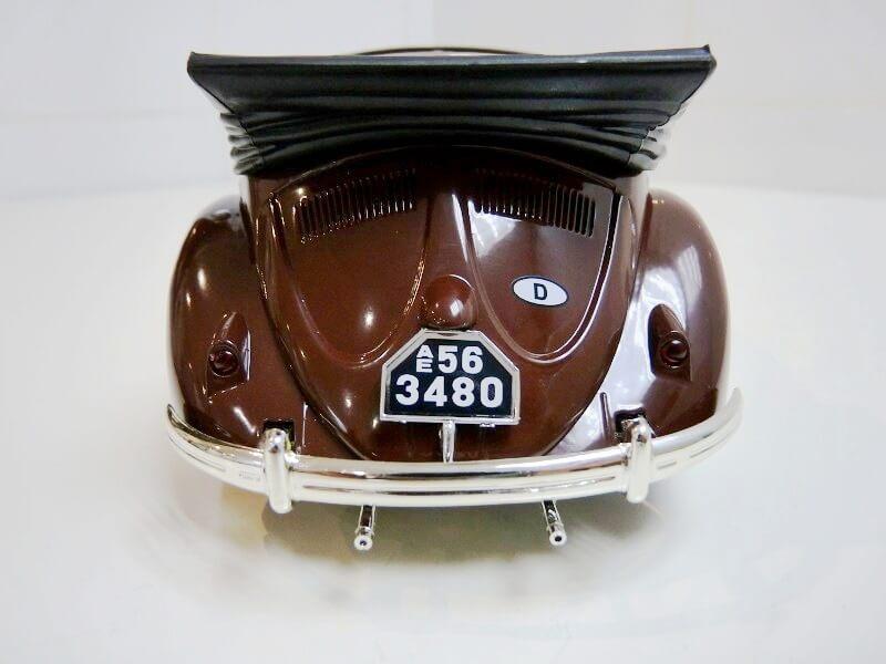 Volkswagen Coccinelle Karmann Cabriolet type 15 A - 1949 - Solido 1/18 ème Volksw47