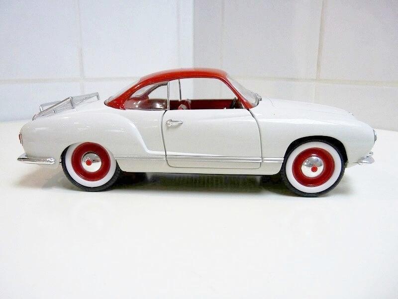 Volkswagen Karmann-Ghia coupé - 1956 - Solido 1/18 ème  Volksw57