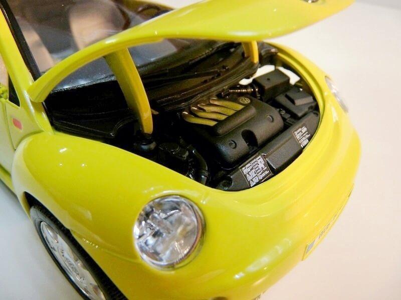 Volkswagen New Beetle - 1998 - Bburago 1/18 ème Volksw86