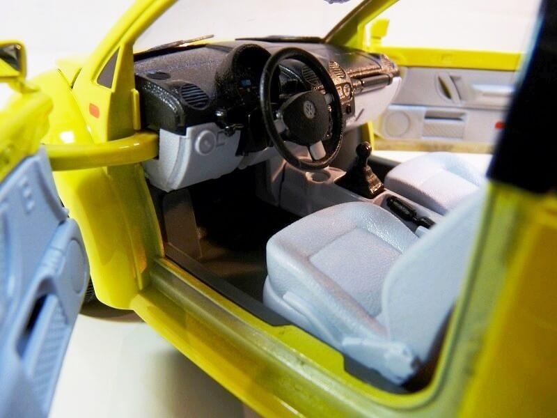 Volkswagen New Beetle - 1998 - Bburago 1/18 ème Volksw87