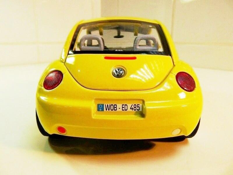 Volkswagen New Beetle - 1998 - Bburago 1/18 ème Volksw89