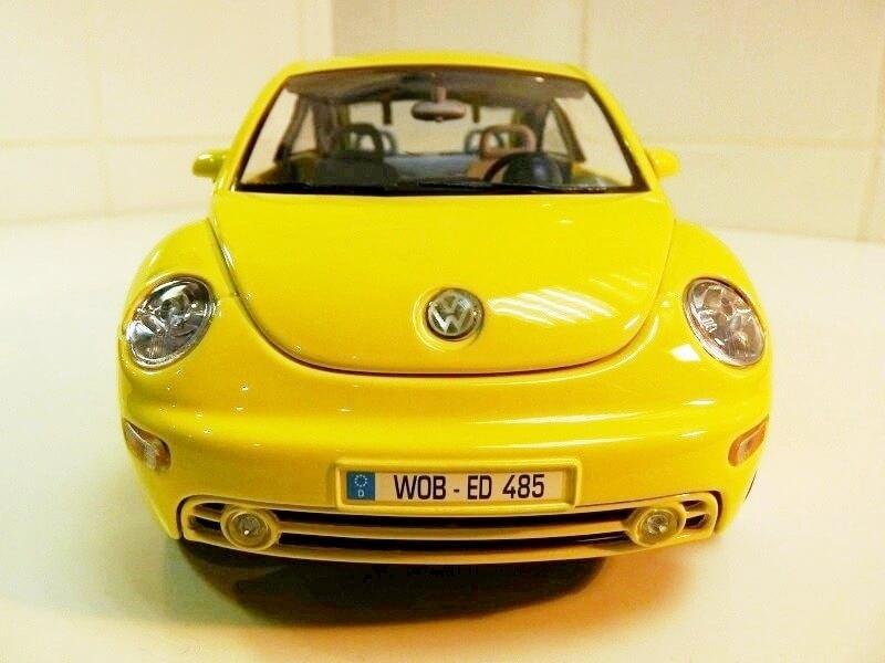 Volkswagen New Beetle - 1998 - Bburago 1/18 ème Volksw90
