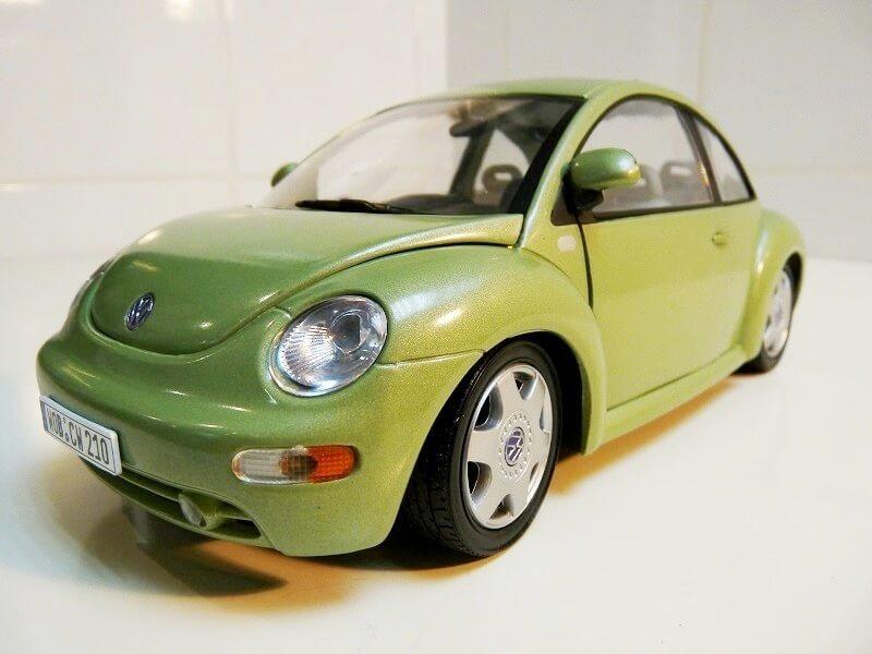 Volkswagen New Beetle - 1998 - Bburago 1/18 ème Volksw93