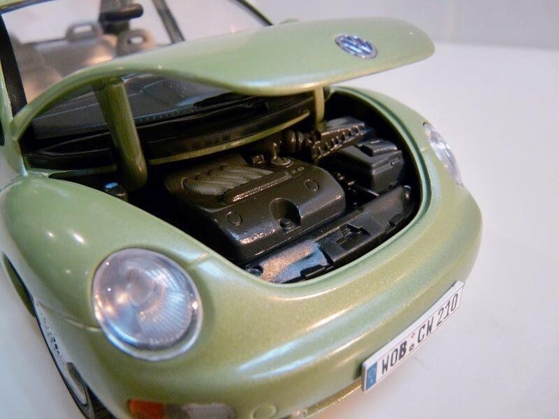 Volkswagen New Beetle - 1998 - Bburago 1/18 ème Volksw99