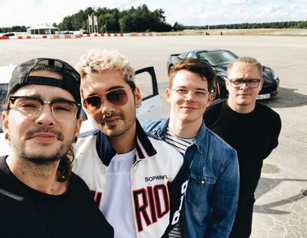 [Instagram Officiel] Instagram  Bill,Tom,Gus,Georg et TH - Page 22 Sans_115