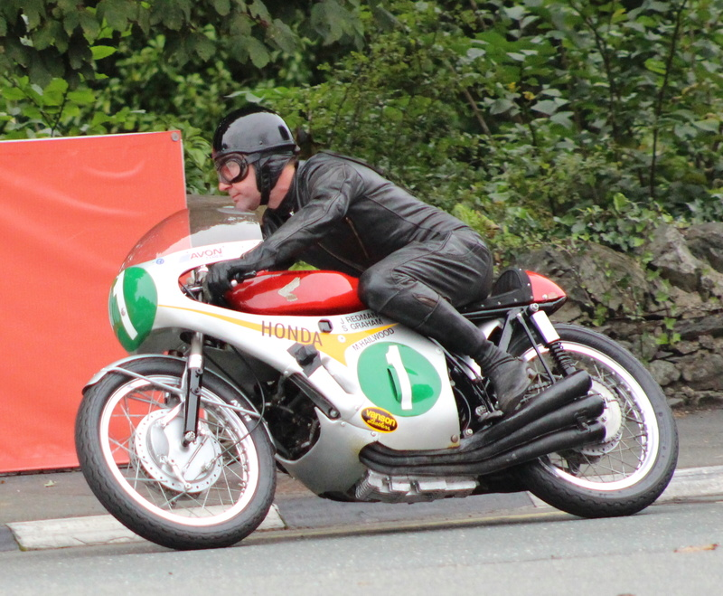[Road Racing] Classic TT et Manx Grand Prix 2017 - Page 8 Img_2311