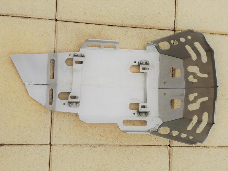 Vendu Sabot Alu pour F800 GS type BMW Img_7914