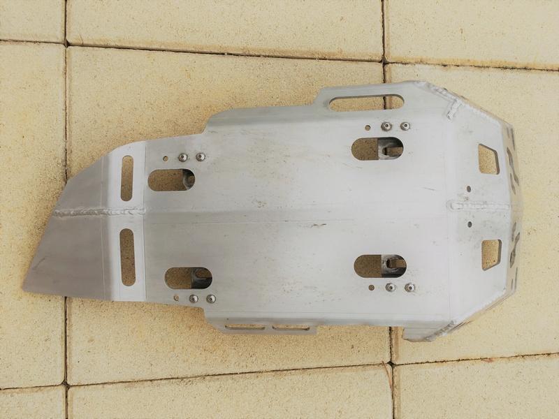 Vendu Sabot Alu pour F800 GS type BMW Img_7915