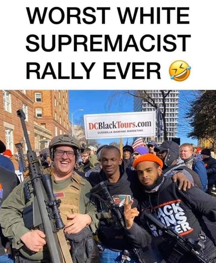 Des milliers d'Américains manifestent pour défendre le droit de détenir des armes 15795710