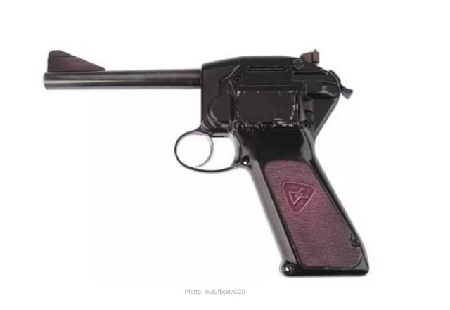 Les armes que vous n'aimez pas? - Page 5 Captu422