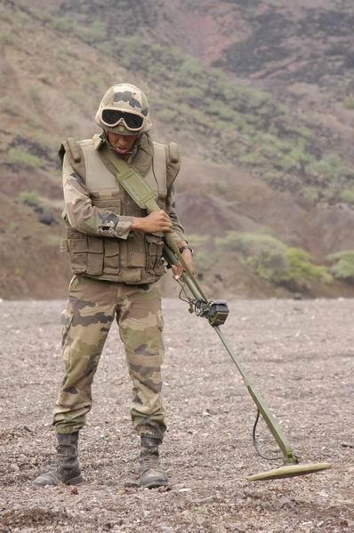 AR-15 non-restreint Demine10