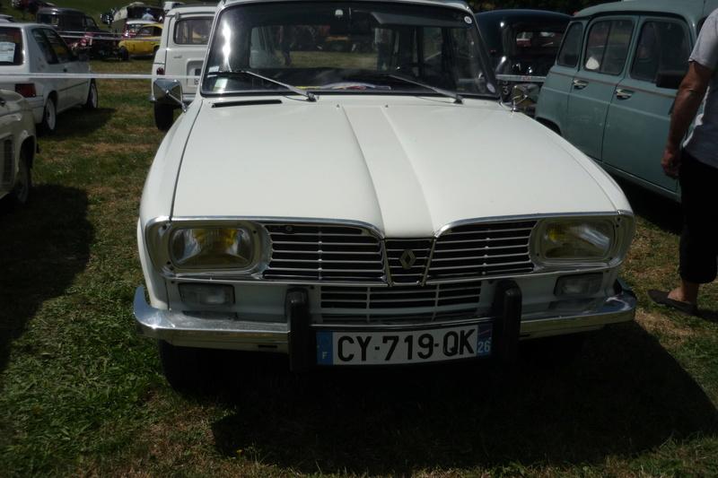 Rassemblement de voitures anciennes à Frugières le Pin  (43) P1110411