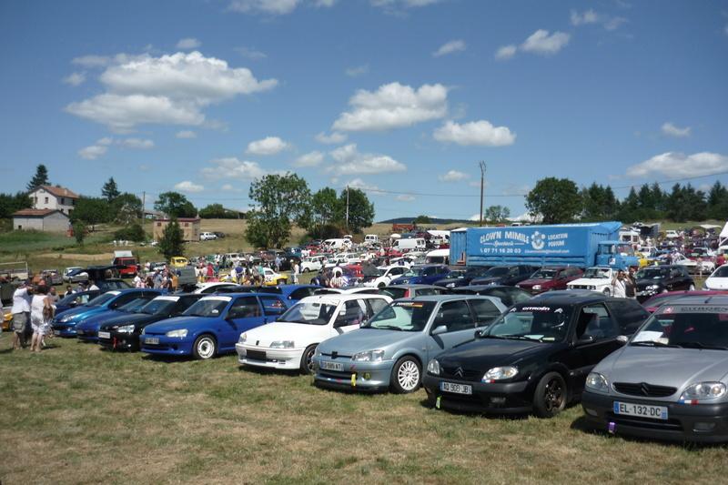 Rassemblement de voitures anciennes à Frugières le Pin  (43) P1110427