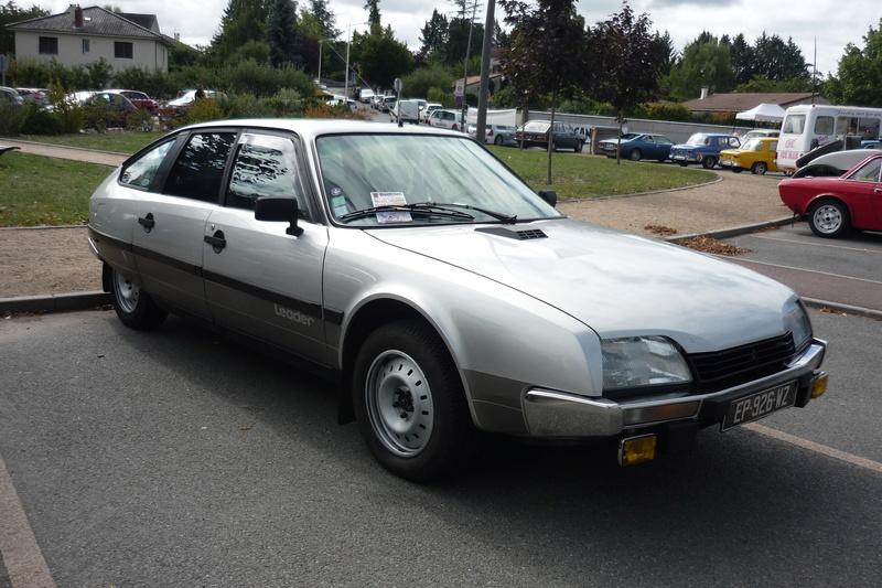 Vide grenier et expo de voitures anciennes à Beauregard Vendon 63 P1110639