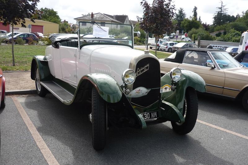 Vide grenier et expo de voitures anciennes à Beauregard Vendon 63 P1110640