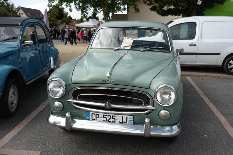 Vide grenier et expo de voitures anciennes à Beauregard Vendon 63 P1110649