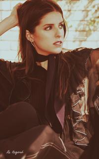 Anna Kendrick 17-sum12