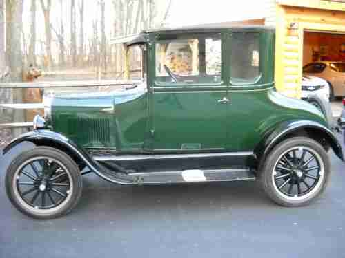 1925 Ford Model T coupé 004110