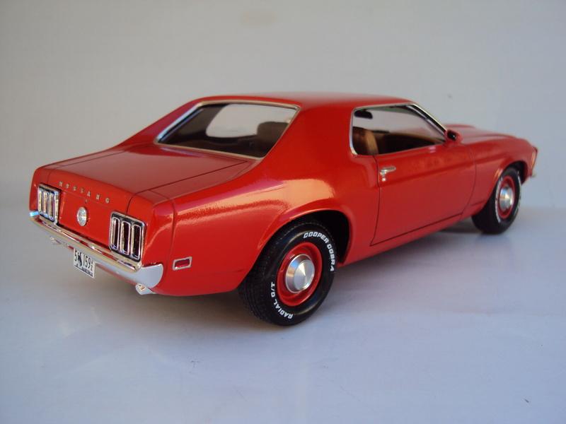 1970 Mustang coupé résine Dsc02824