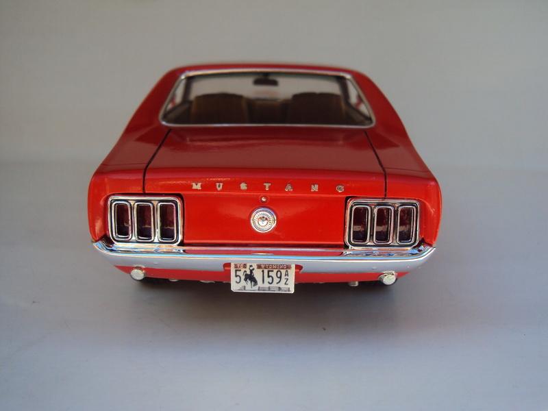 1970 Mustang coupé résine Dsc02828
