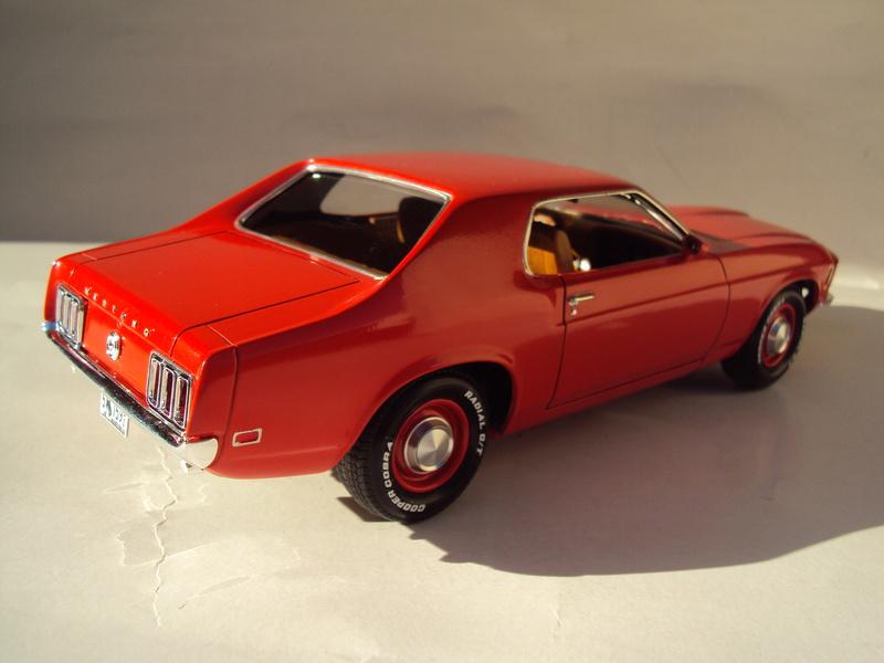 1970 Mustang coupé résine Dsc02829