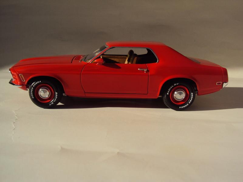 1970 Mustang coupé résine Dsc02831