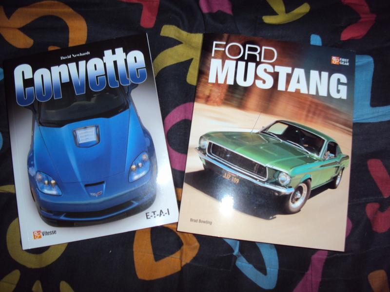 Vends livres Mustang & Corvette Dsc02918