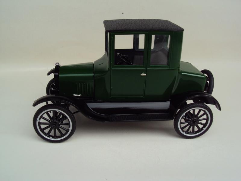 1925 Ford Model T coupé Dsc02927