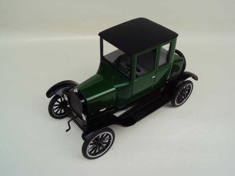1925 Ford Model T coupé Dsc02928
